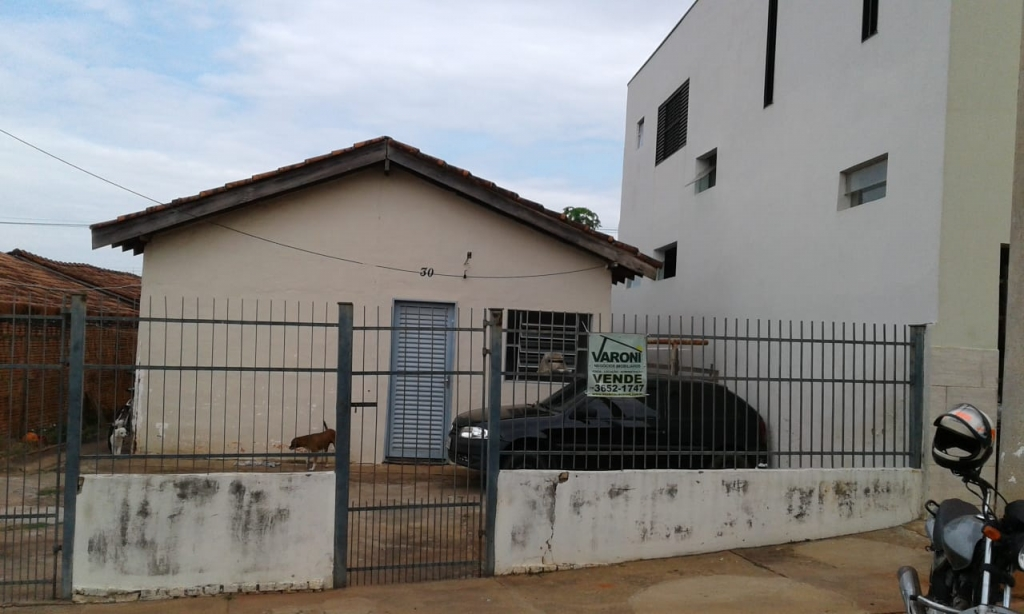 Rua Evaristo Vaz de Arruda, 30