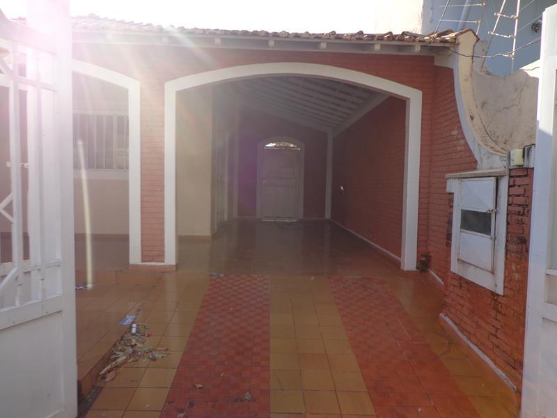Av. Cunha Cintra, 816
