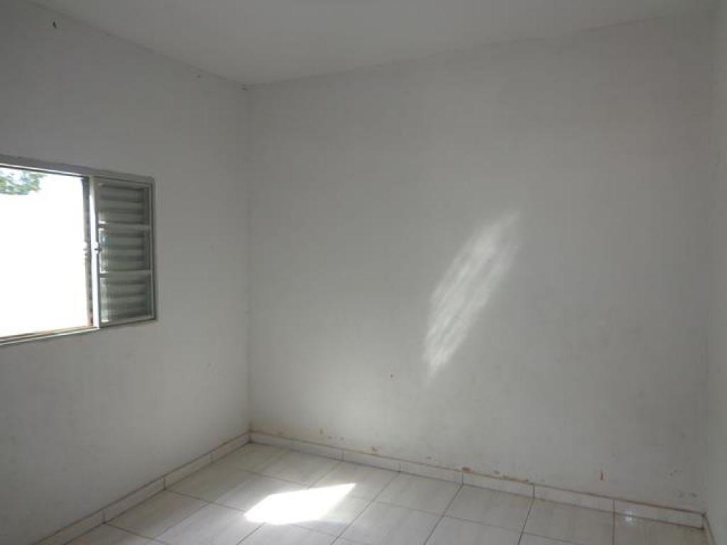 Av. Santa Casa, 2050 C