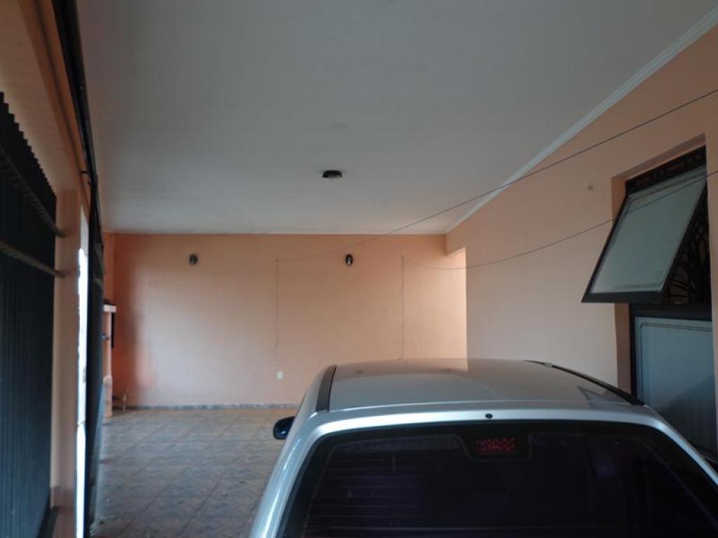 Rua Jesuíno Viana de Camargo, 238