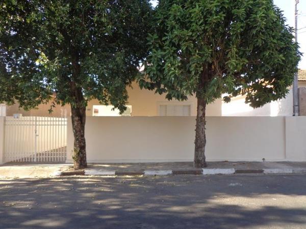 Av. Santa Casa, 1018