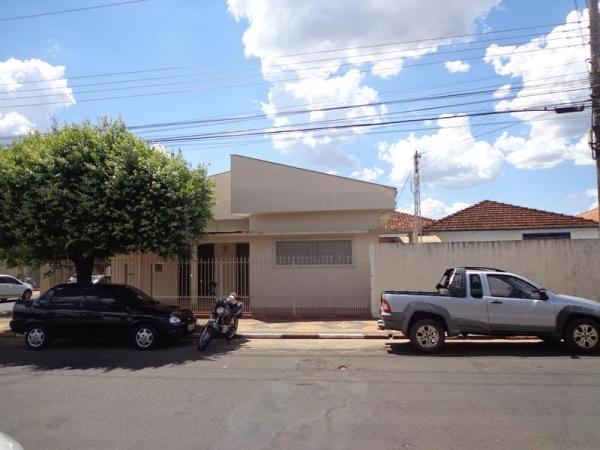 Av. Santa Casa, 789