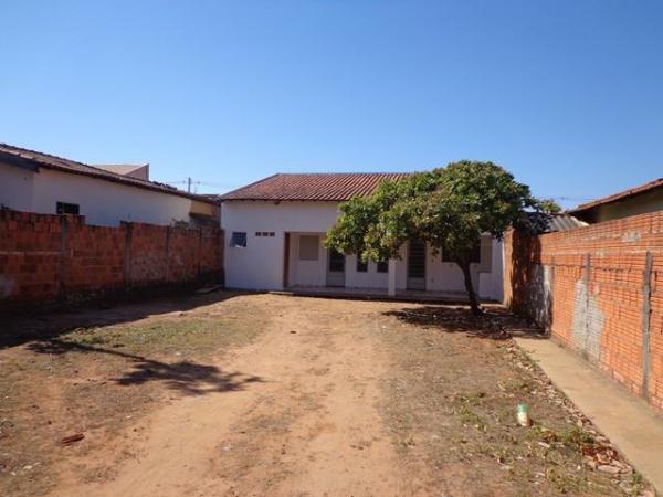Rua Marcelo David Passeri 894