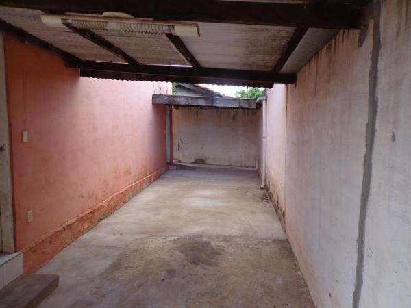 Rua Ismenia A. da Rocha, 190