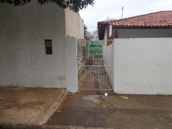 Rua Ivan Carlos Zanutto, 51 Fundos