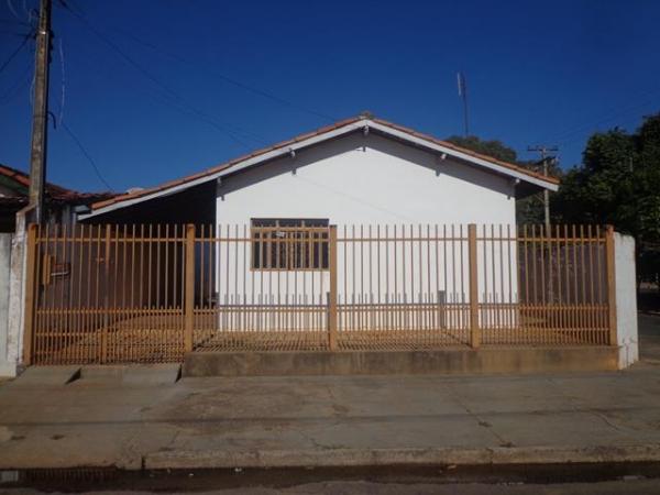 Rua Jeny Teixeira de Souza, 243